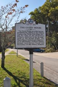 Historical Marker for the Guest House / Alexander Inn.